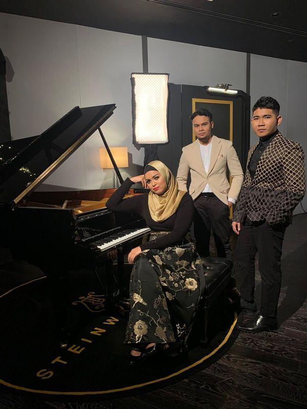 Reyza Hamizan, Bakti Khair and Nabillah Jalal
