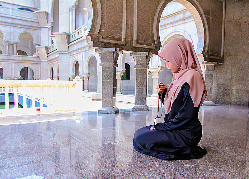 Find out what is allowed during menstruation in islam